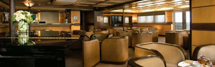 Bar du bateau de croisière Silver Galapagos