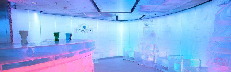 Le fameux Ice Bar à bord du bateau de croisière Norwegian Epi