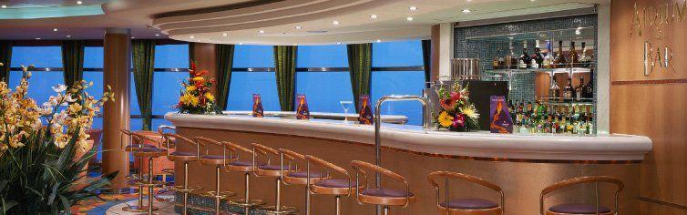 Bar du bateau de croisière Norwegian Sky