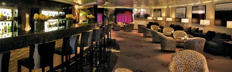 Bar du bateau de croisière Seven Seas Navigator