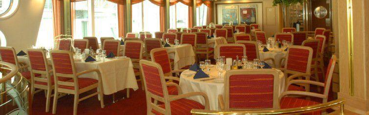 Restaurant du bateau de croisière MS Fram