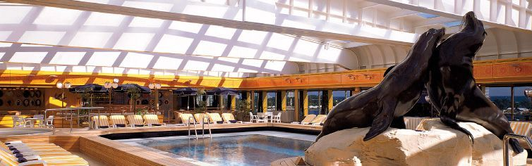 Piscine du bateau de croisière MS Rotterdam