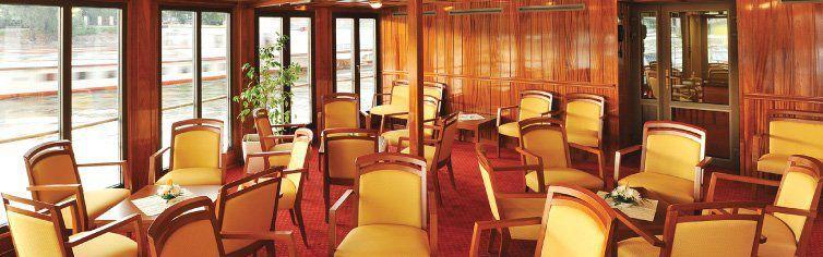 Bar du bateau de croisière MS Florentina