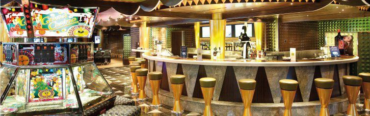 Bar du bateau de croisière Costa Luminosa