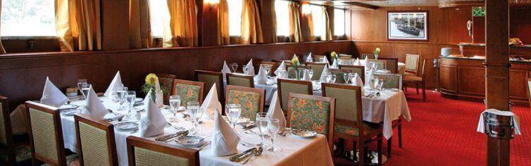 Restaurant du bateau de croisière MS Douro Queen