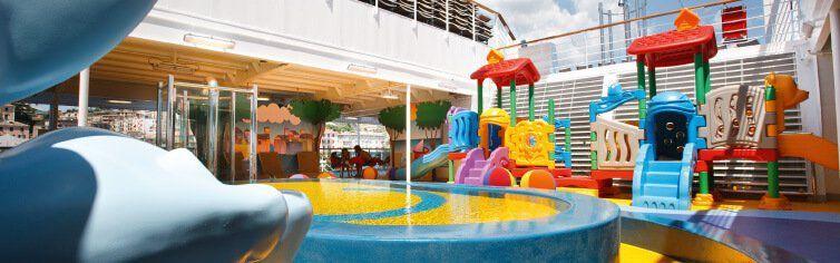 Club pour les enfants du bateau de croisière Costa Pacifica