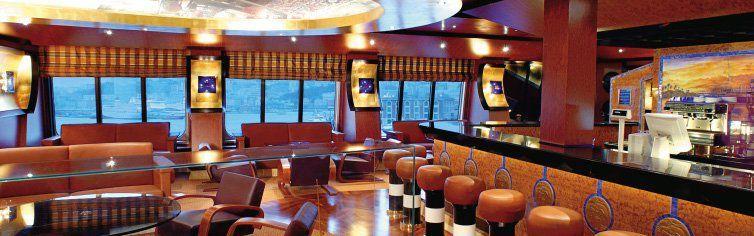Bar du bateau de croisière Costa Fortuna
