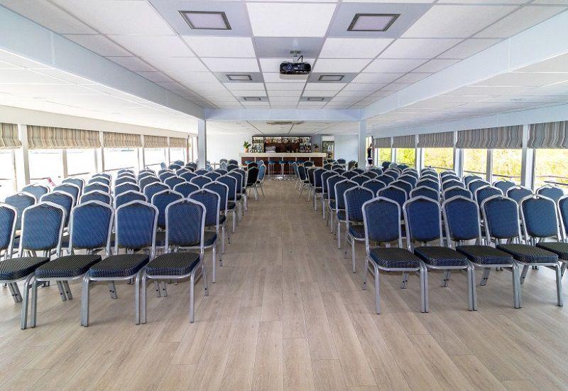 Salle de conférence à bord du Ms Kronstadt