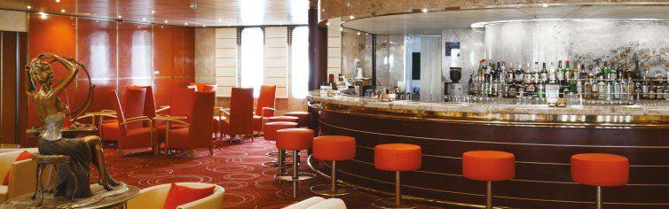 Bar du bateau de croisière Costa Neoclassica