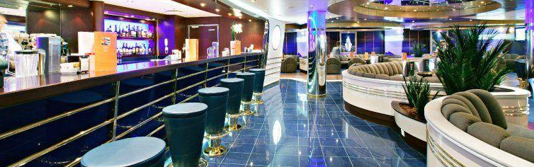 Bar du bateau de croisière MSC Fantasia