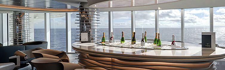 Bar Lounge avec vue magnifique du MSC Seashore