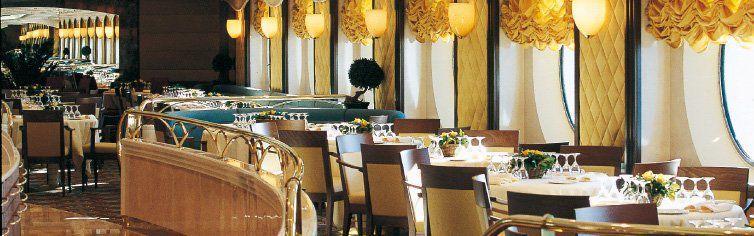 Restaurant du bateau de croisière MSC Opera