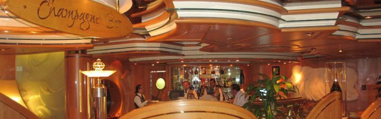 Bar-Enchantment-of-the-Seas