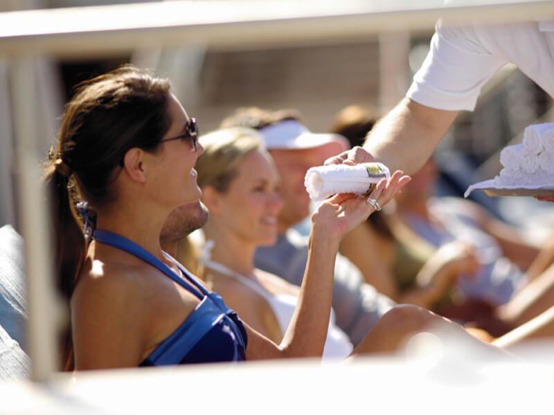 Service du bateau de croisière Celebrity Summit