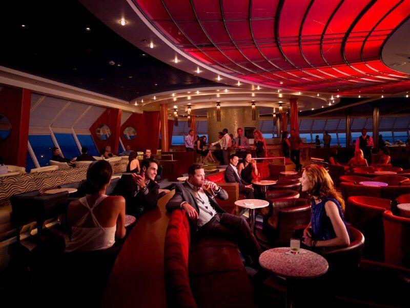 Lounge du bateau de croisière Celebrity Constellation