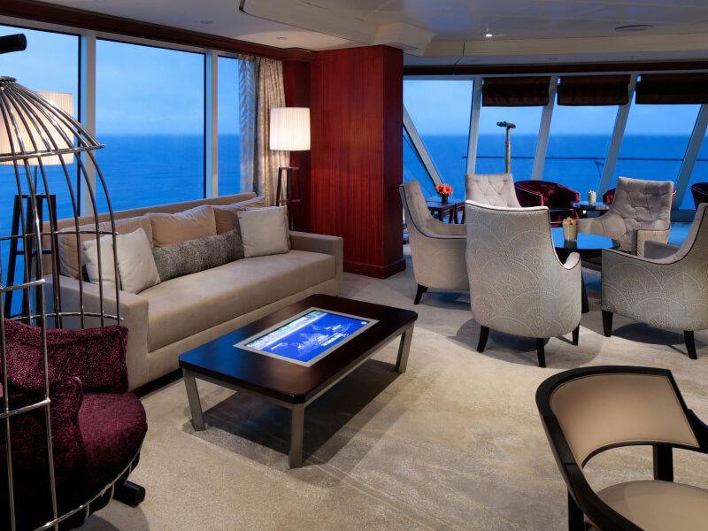 Lounge du bateau de croisière Azamara Journey