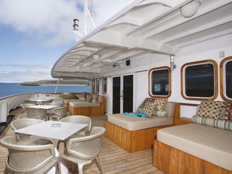 l'Avant du bateau de croisière Silver Galapagos