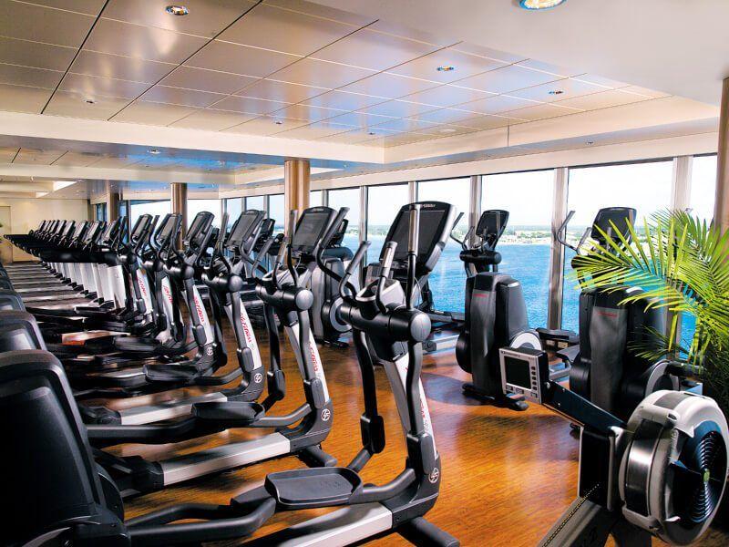 Salle de fitness du bateau de croisière Norwegian Epic