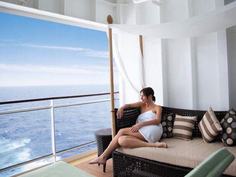 Vue magnifique sur l'océan depuis le spa du bateau de croisière Norwegian Epic