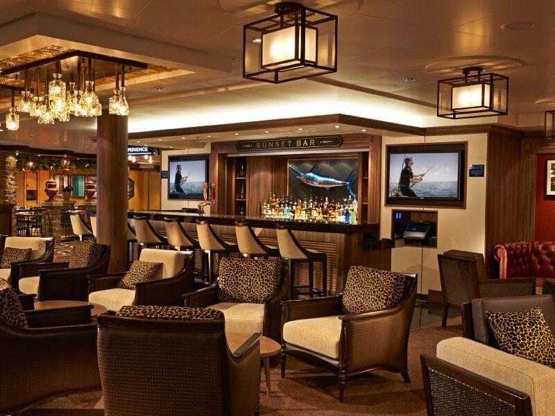 Le Sunset Bar du bateau de croisière Norwegian Getaway