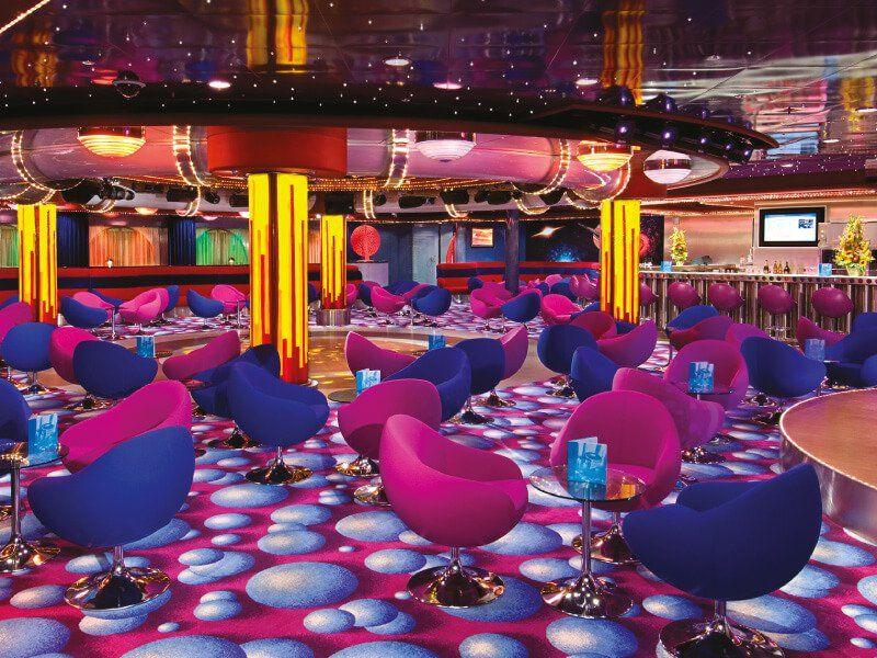 Cabaret Lounge du bateau de croisière Norwegian Jewel