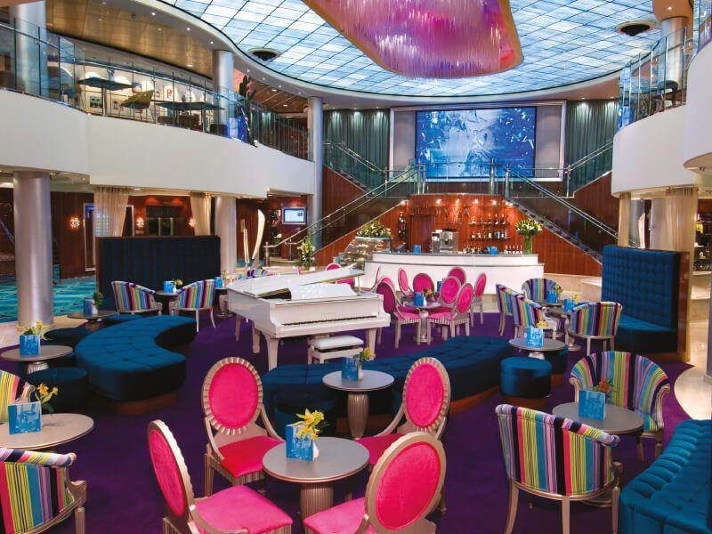 Chrystal Atrium du bateau de croisière Norwegian Jewel