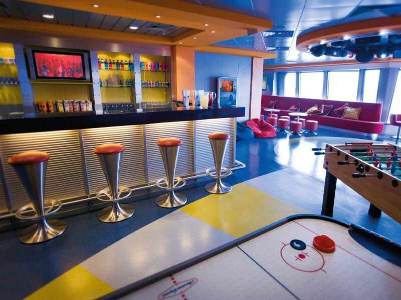 Salle de jeux du bateau de croisière Norwegian Pearl