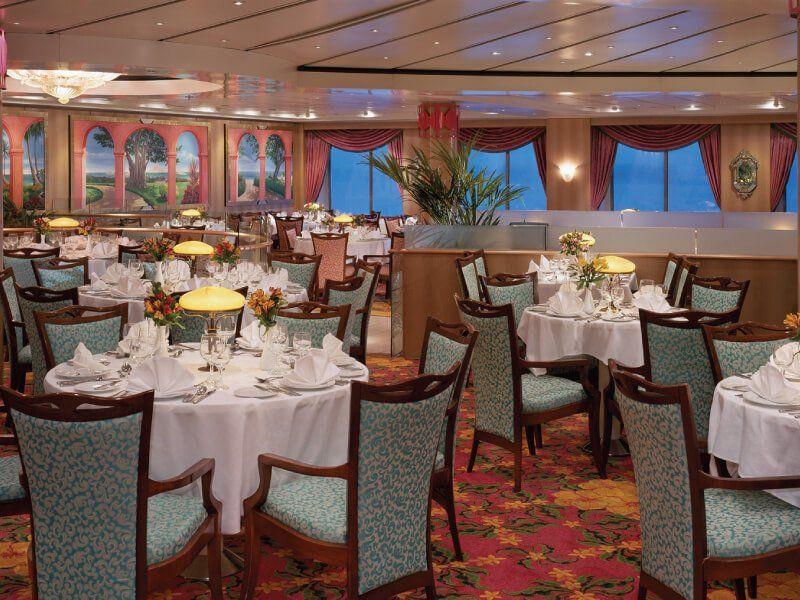 Palace Restaurant du bateau de croisière Norwegian Sky