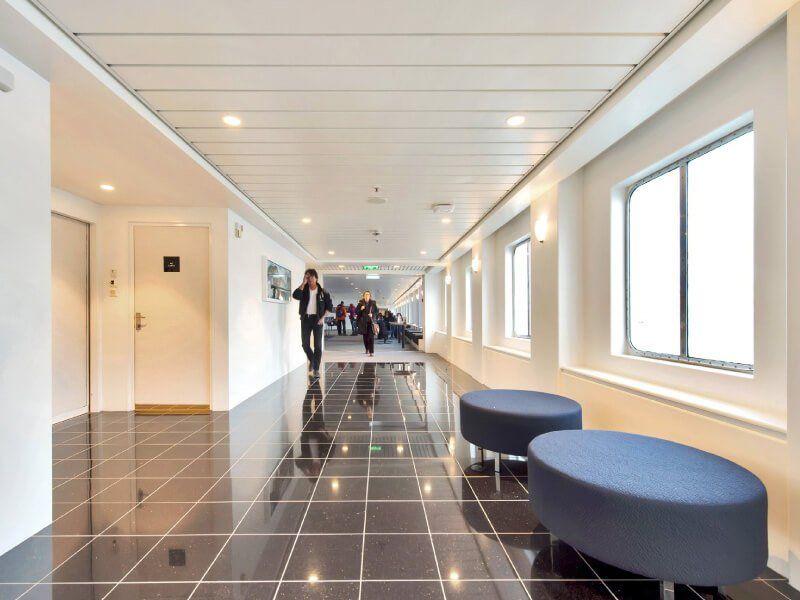Hall du bateau de croisière MS Kong-Harald