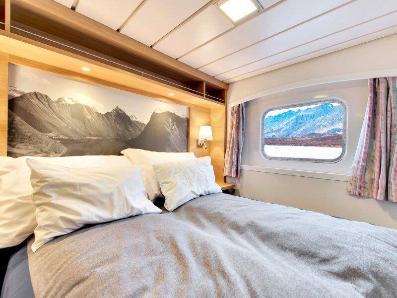 Lit de la cabine extérieure du bateau de croisière MS Kong-Harald
