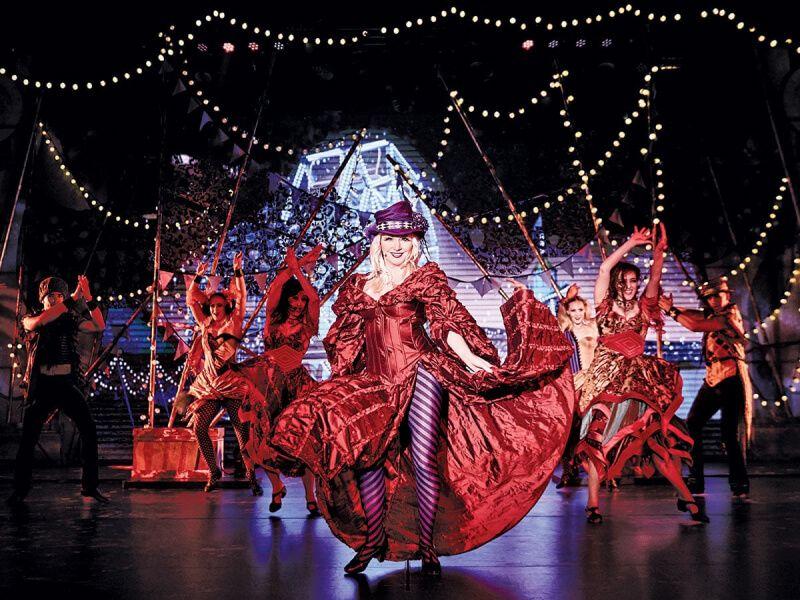 Théâtre du bateau de croisière Emerald Princess