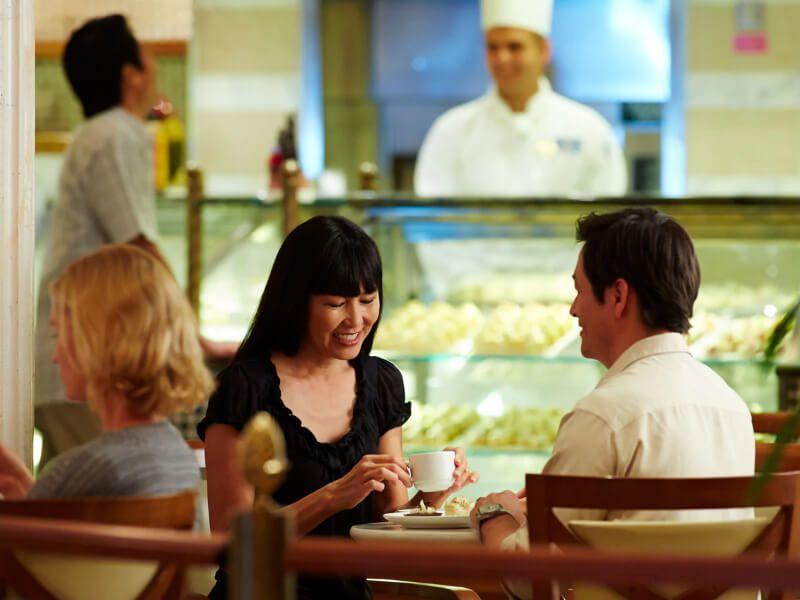 Café International du bateau de croisière Sun Princess