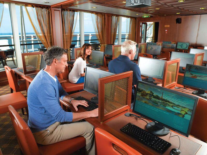 Centre informatique du bateau de croisière Sirena