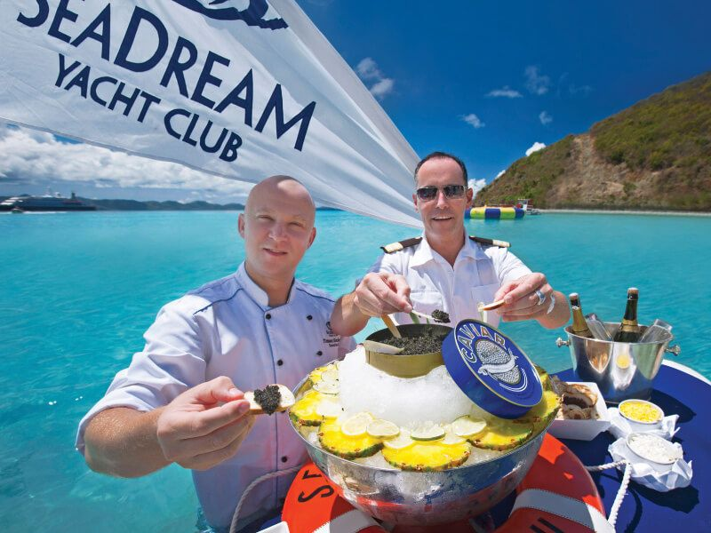 Dégustation de Caviar à bord du bateau de croisière SeaDream I