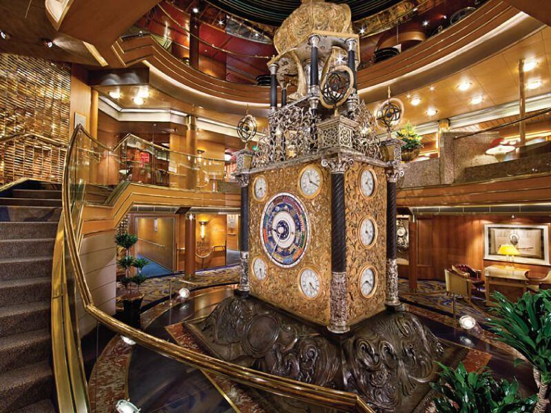 Atrium du bateau de croisière MS Amsterdam