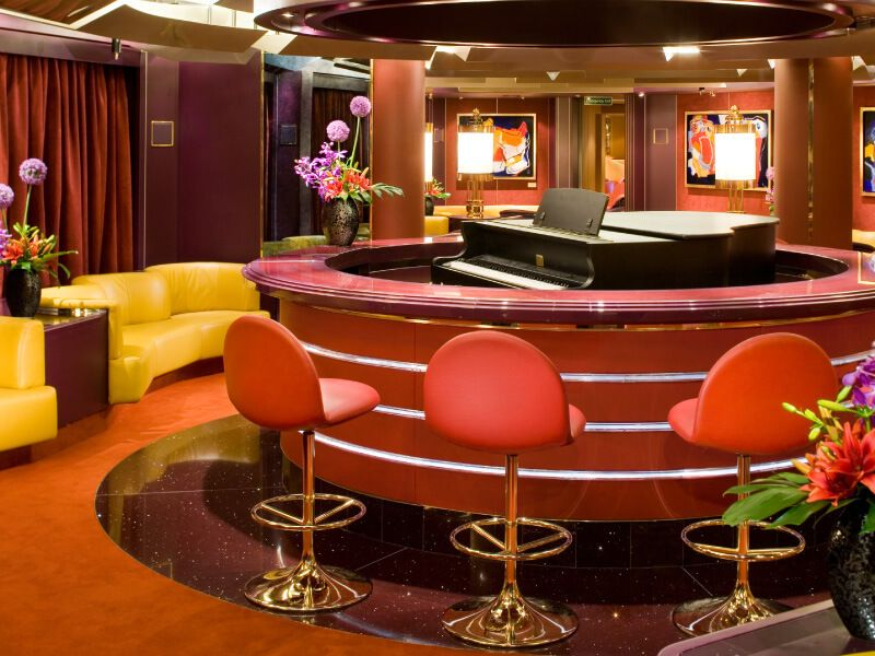 Piano Bar du bateau de croisière MS Eurodam