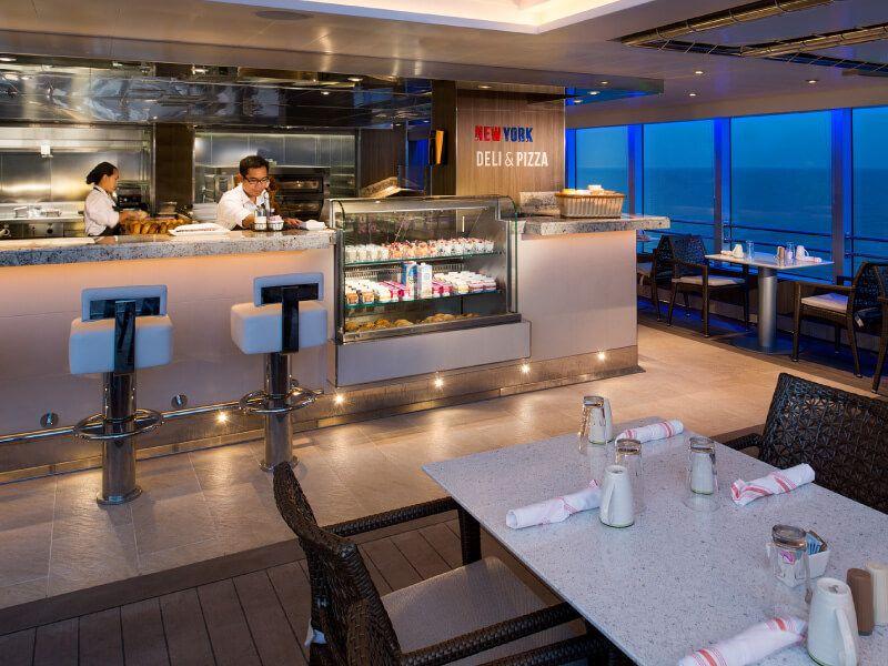 New York DELI Pizza à bord du bateau de croisière MS Koningsdam
