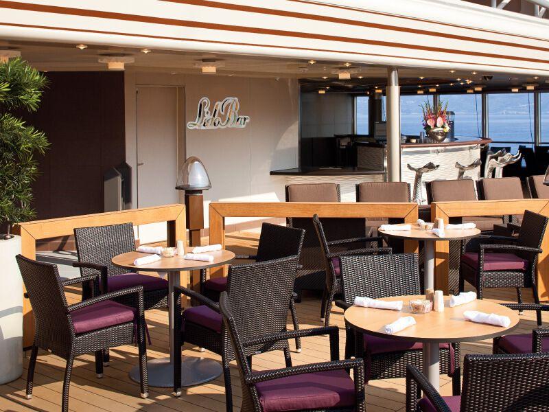 LIDO Bar du bateau de croisière MS Nieuw Amsterdam