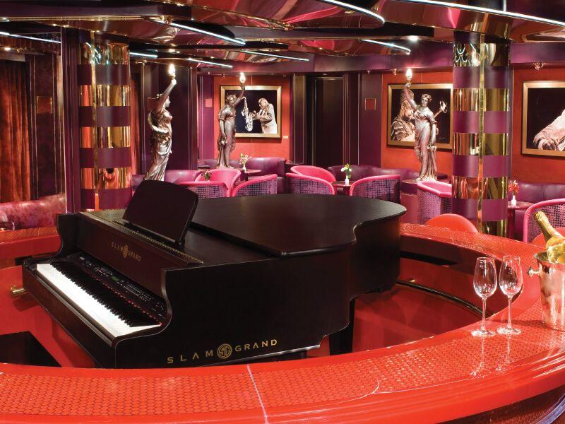 Piano Bar du bateau de croisière MS Noordam