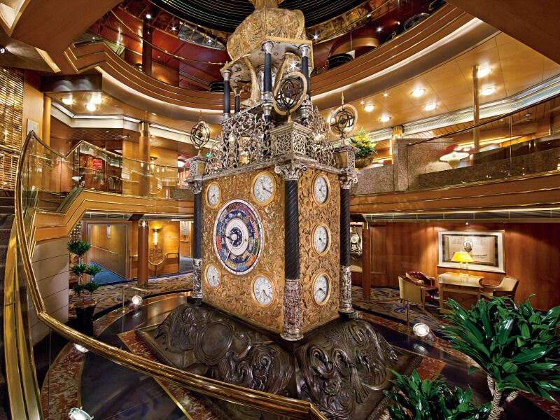Atrium du bateau de croisière MS Rotterdam