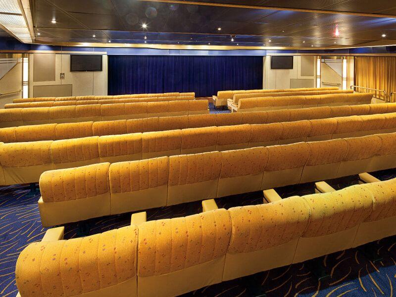 Salle de cinéma du bateau de croisière MS Rotterdam