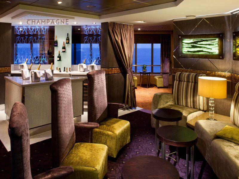 Champagne à bord du bateau de croisière MS Veendam