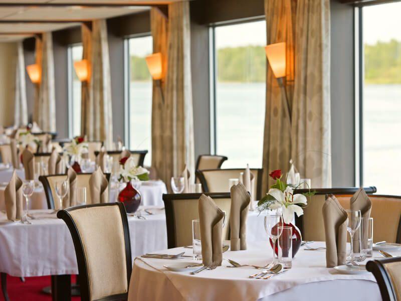 Restaurant du bateau de croisière M/S Amadeus Brilliant
