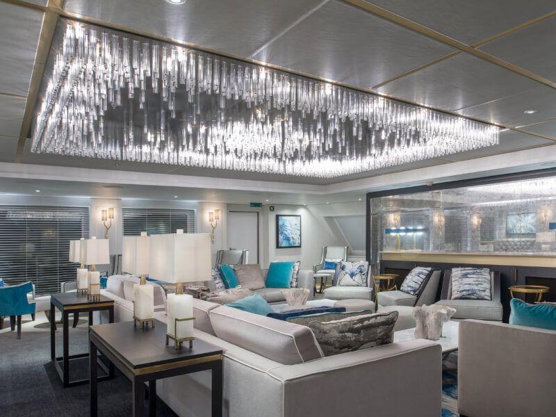 Cove bar du bateau de croisière Crystal Esprit