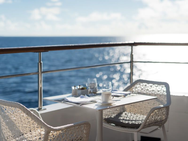 Terrasse du bateau de croisière Crystal Esprit