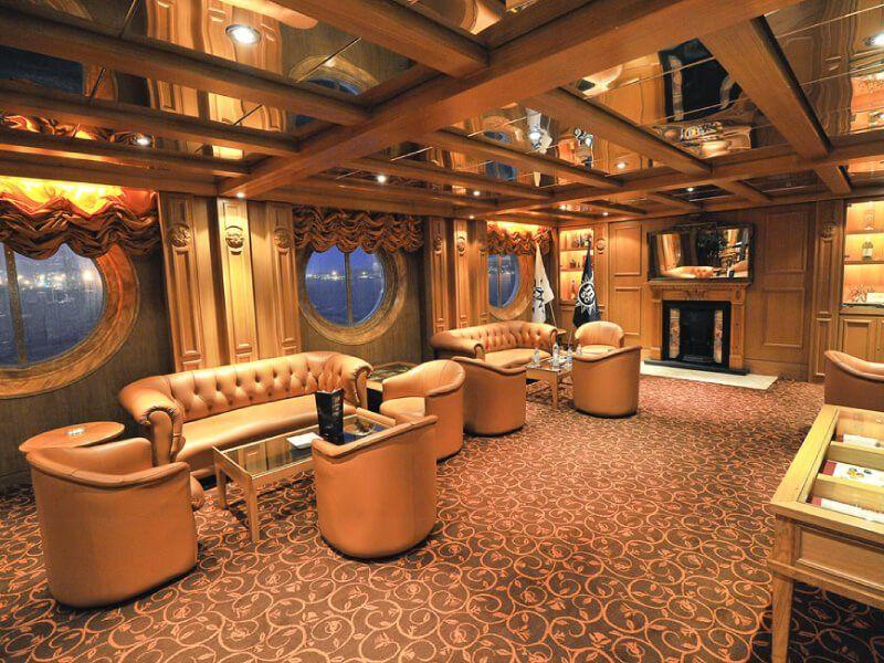 Bar à Cigares du bateau de croisière MSC Sinfonia