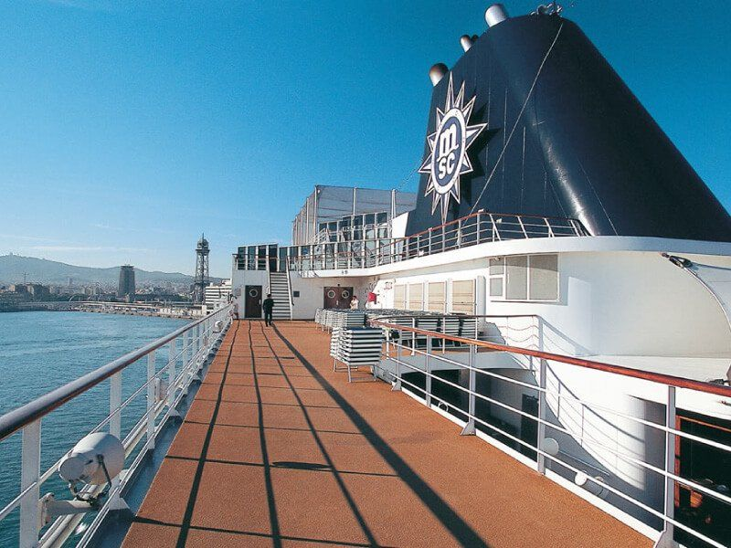 Pont extérieur du bateau de croisière MSC Sinfonia