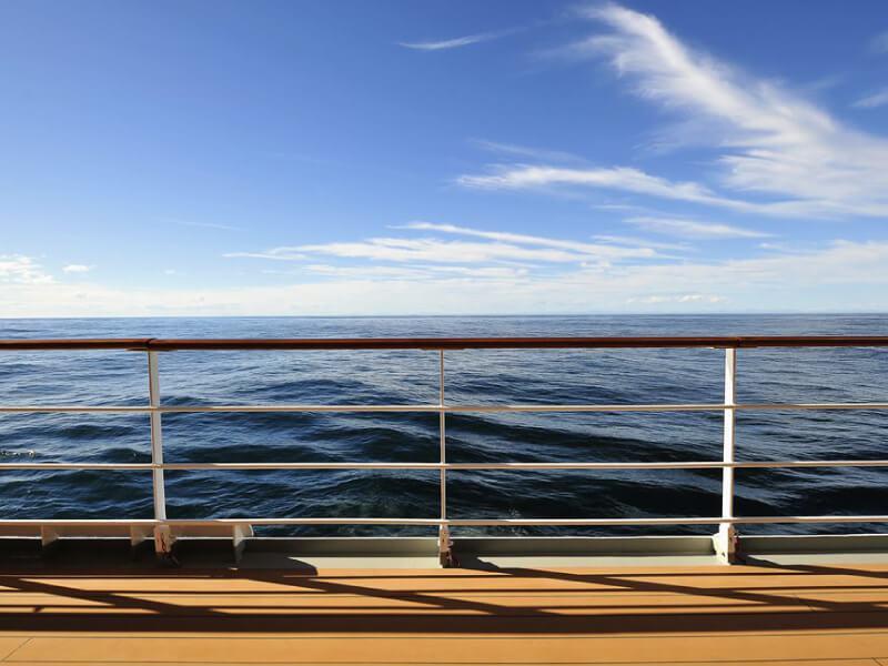 Vue extérieure du bateau de croisière MSC Sinfonia