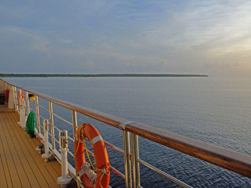 Terrasse du bateau de croisière M Y Callisto