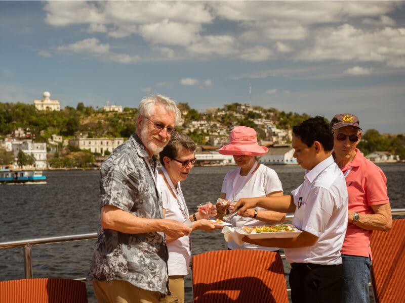 Terrasse du bateau de croisière M S Panorama II